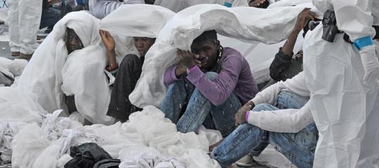 """I rifugiati nei palazzi confiscati alla Mafia. """"Il buon governo della paura"""""""