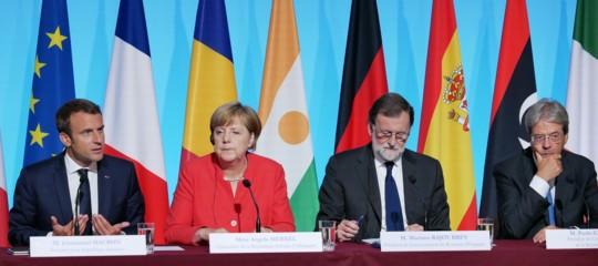 Al vertice sui migranti di Parigi è stata scelta la strategia italiana