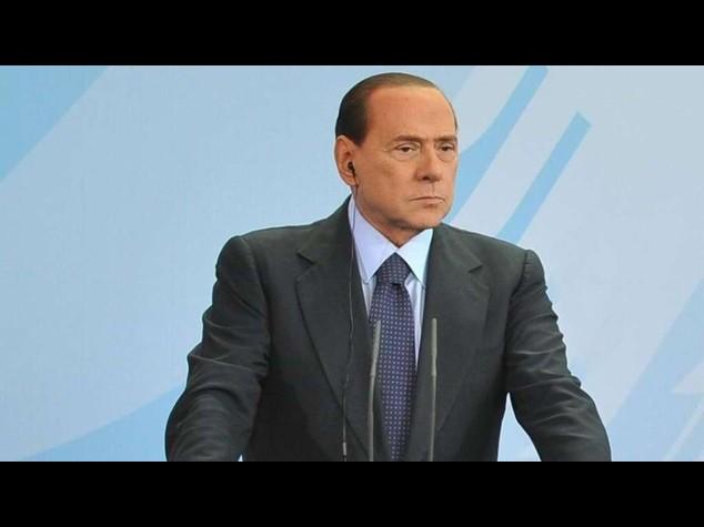 """Berlusconi 'contro' i frondisti, """"non perdo la faccia"""""""