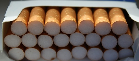Fumo e smog, cocktail micidiale. Al via la campagna polmoni puliti