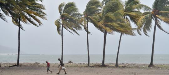 Irma ha raggiunto la Florida con venti a 215 all'ora (e tanta acqua)