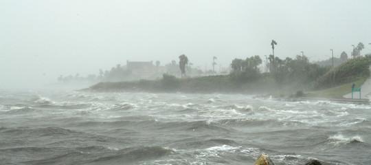 Come si riemerge da un uragano che ti ha appena devastato casa