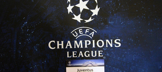 La Juve crolla a Barcellona (3-0). Pareggio tra Roma e Atletico Madrid (0-0)