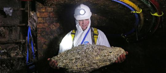 Una palla di 130 tonnellate di grasso ha intasato le fogne di Londra
