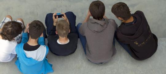 """""""Brava ministra, io lo smartphone in classe già lo uso e con ottimi risultati"""""""