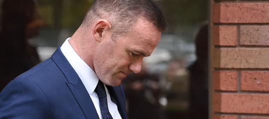 Calcio: guida ubriaco, patente sospesa e servizi sociali a Rooney