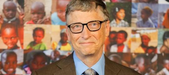 Bill Gates si scusa con il mondo per il 'Control-Alt-Canc' con cui si avviano i computer