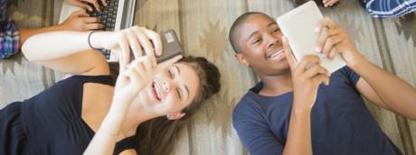 l'iGen in 'ritardo' per colpa degli smartphone?