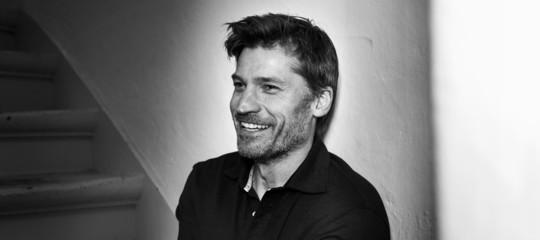 Jamie Lannister avvistato in Sardegna. Ma questa volta il Trono di Spade non c'entra