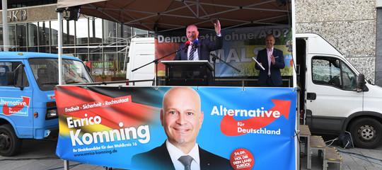 Negazionisti, razzisti e hooligan. Chi sono gli impresentabili del nuovo Bundestag