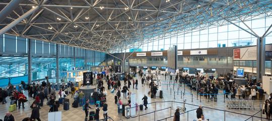 Ma davvero l'aeroporto di Helsinki è il migliore del mondo? Abbiamo dato un'occhiata