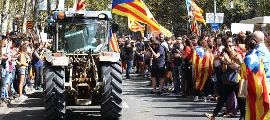 Nell'Europa unita, una nazione cerca di non spaccarsi