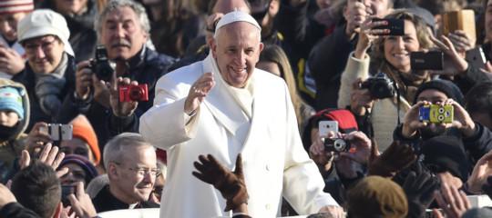 Papa: La corruzione è il tarlo della politica