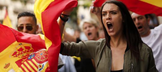Catalogna, che succede ora? I nuovi dati sulla disoccupazione. Il Nobel per la medicina
