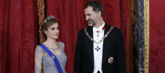 """Catalogna: re Felipe VI, """" sleale e irresponsabile; assicureremo Costituzione"""""""