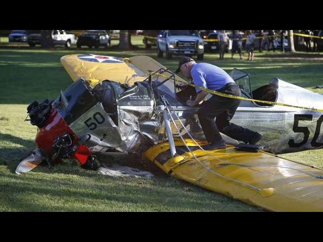 """Harrison Ford si schianta con aereo """"ha evitato una strage"""""""