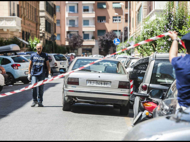 Arrestati due presunti killer del cassiere di Mokbel, sono estremisti di destra