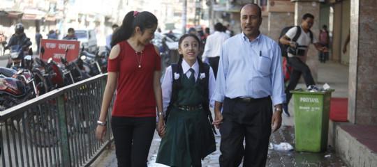 Così vive una 'bambina dea' in Nepal quando arriva la nuova Kumari
