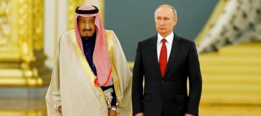 Perché Putin e il re saudita hanno deciso di mettersi intorno a un tavolino