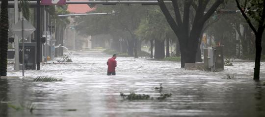 Vietnam: alluvioni e frane, 37 morte e decine di dispersi