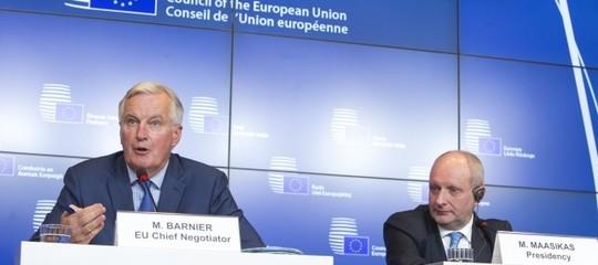 brexit unione bozza negoziato may barnier anticipazione