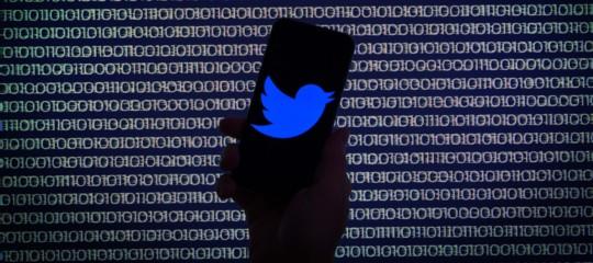 Twitter ha deciso di fare sul serio contro l'odio online. Per sopravvivere