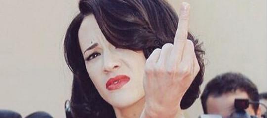 """GiuliaBlasi: """"Il miohashtag #quellavoltache è un urlo contro ilbomberismo"""""""