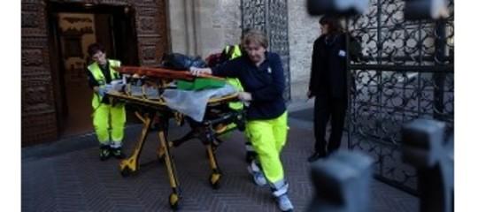 Turista ucciso da peduccio di pietra a Santa Croce a Firenze. Cosa sappiamo