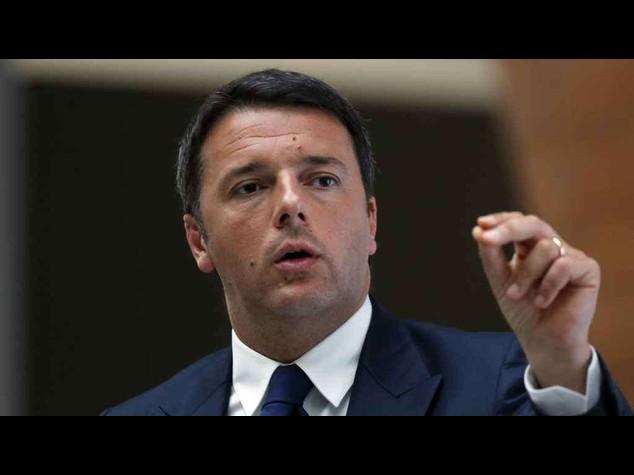 """Renzi: piu' Africa per fonti energia, azione Eni """"straordinaria"""""""