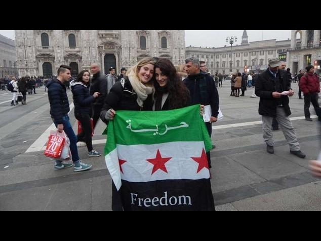 Italiane rapite: appello in arabo dell'Ucoii, nel nome del Corano liberatele