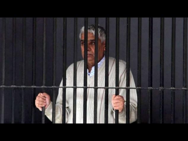 India: 6 cadaveri in casa del guru, Baba Rampal resta in cella