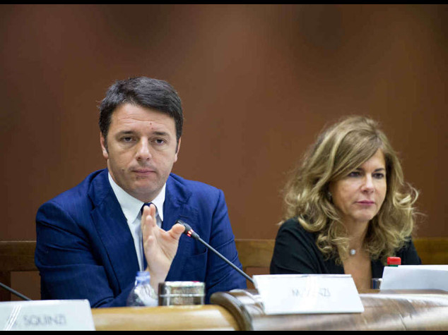 """""""Renzi non ha l'appoggio degli onesti"""", bufera su Landini"""