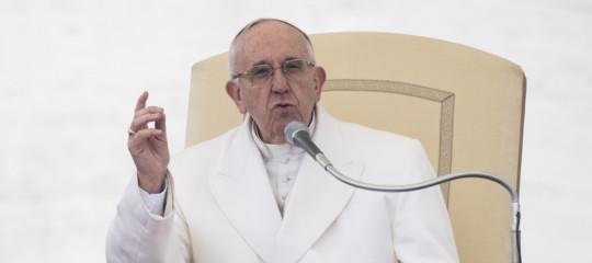 Papa: pagare le tasse è un atto dovuto per sentirsi cittadini