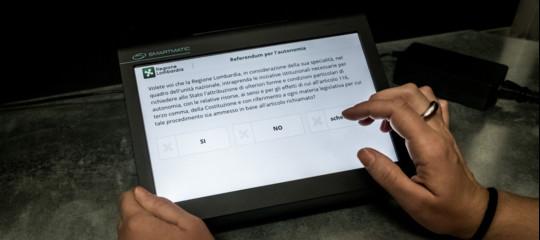 Caos voto elettronico in Lombardia, conferenza stampa spostata