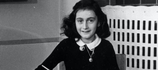 Il meraviglioso cuore di Anna Frank in 10 tweet