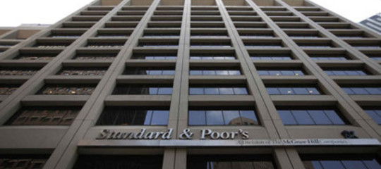 Perché Standard &Poor's ha promosso l'Italia alla fine della legislatura