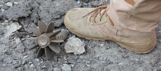 Mattarella ha rimandato indietro la legge sulle mine antiuomo ...