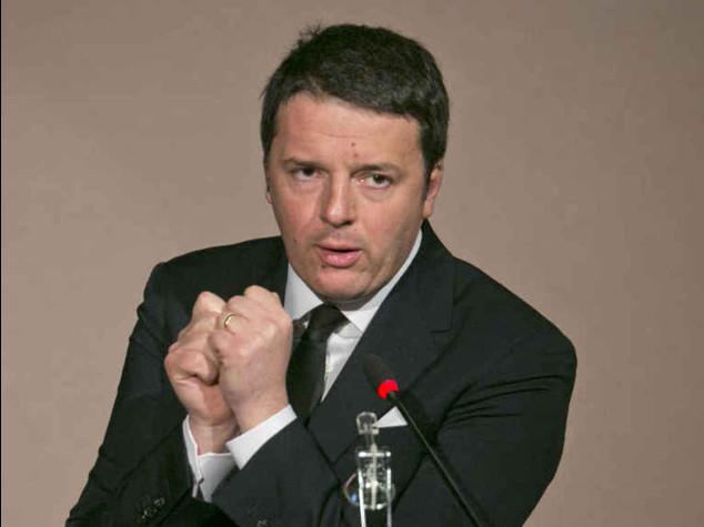 Renzi riunisce i parlamentari Pd, Bersani non va