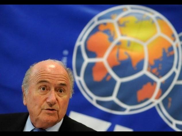 Fifa, 'guerra fredda' su Blatter E Putin attacca gli americani
