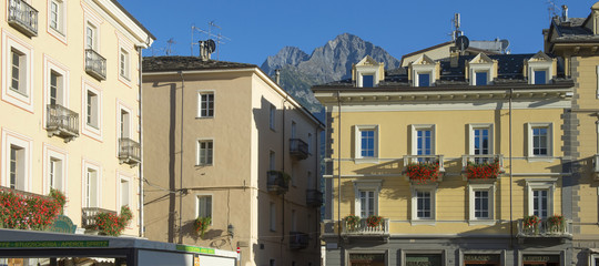 """""""Così con l'autonomia la Valle D'Aosta è diventata il regno di sprechi e privilegi"""""""