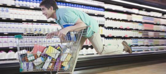 Risparmio: torna la fiducia degli italiani, aumentano i consumi