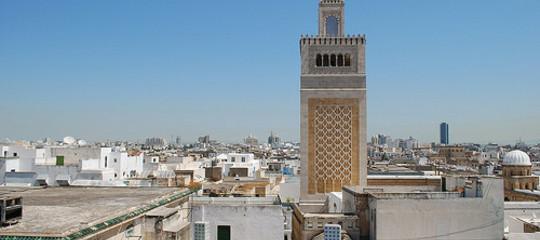 Tunisia: accoltella 2 poliziotti vicino al Parlamento, arrestato jihadista