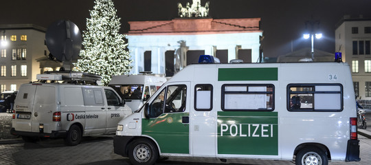 Ancora un attentato terroristico con un furgone, l'arma prediletta dei lupi solitari