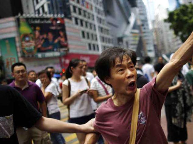 Hong Kong: ultimatum degli studenti, ma la Cina avverte gli Usa