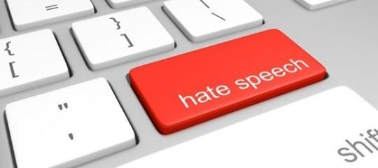 Quando sui social l'hater è un politico