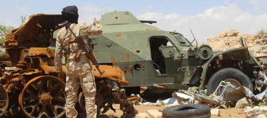 Yemen: l'Isis rivendica attentati in corso ad Aden
