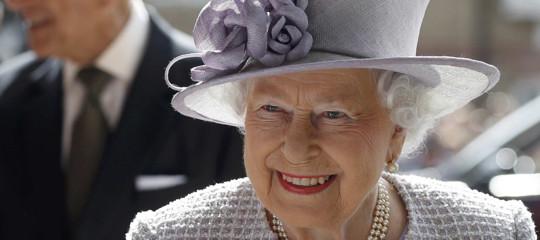 Cosa sappiamo sui fondi off shore usati anche dalla regina d'Inghilterra
