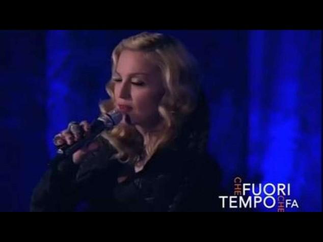"""Fuorionda di Madonna da Fazio, """"vi piacciono canzoni tristi..."""" - Video"""