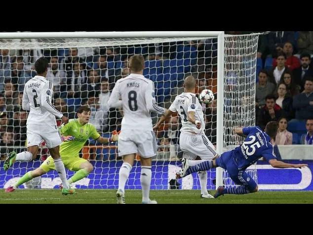 Champions: Real Madrid perde in casa, il Porto travolge Basilea