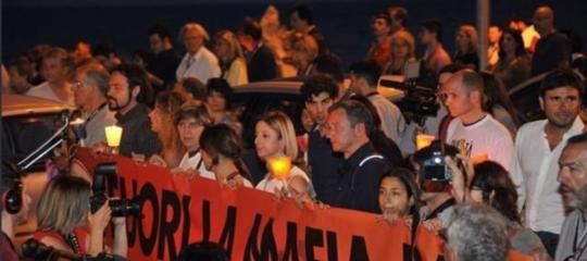 Il corteo di Ostia contro la mafia in 5 clip